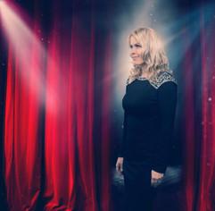 Kristín Stefánsdóttir