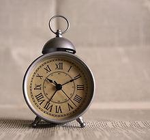 clock-691143_1920.jpg