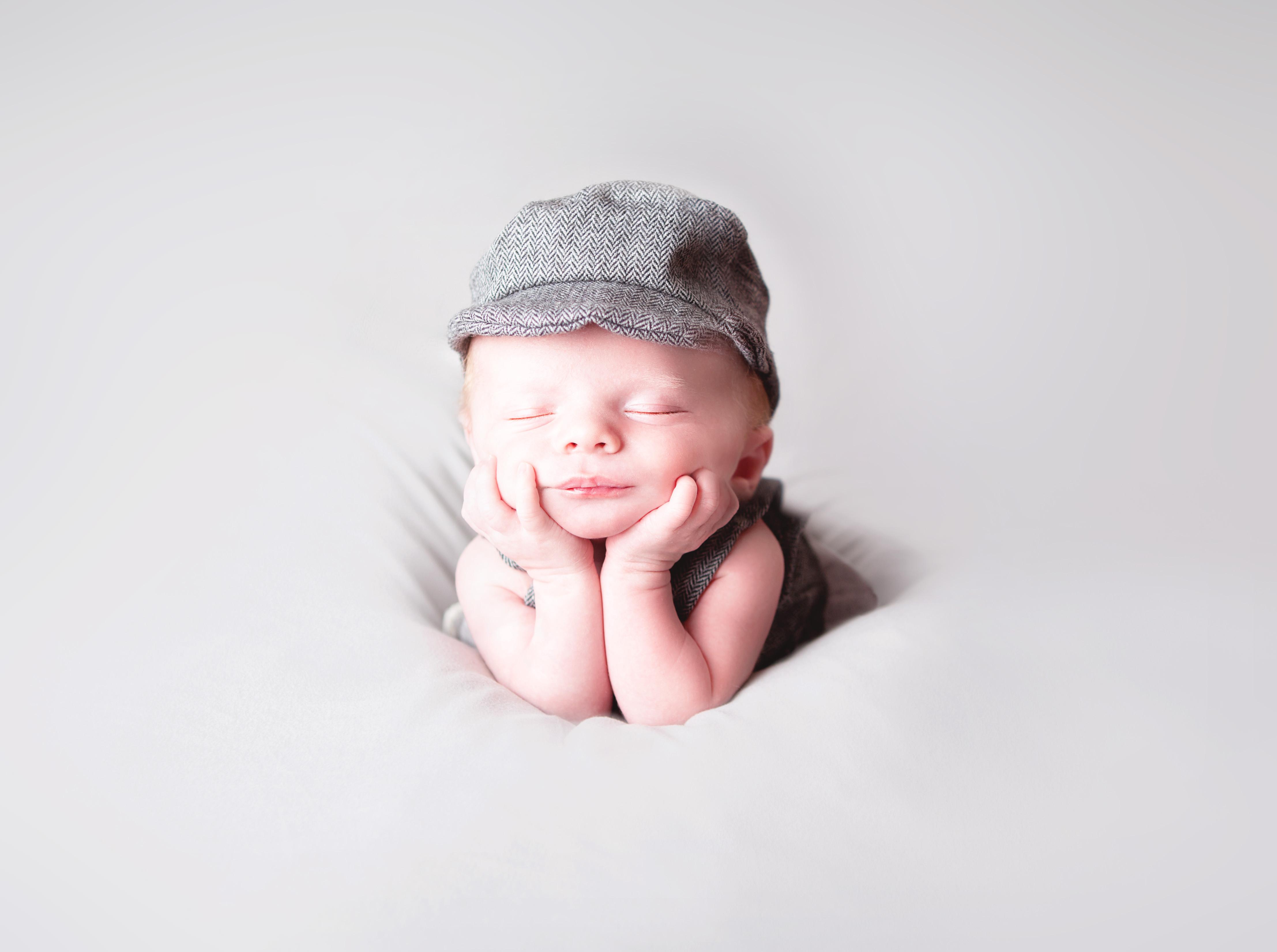 Basic Newborn Session