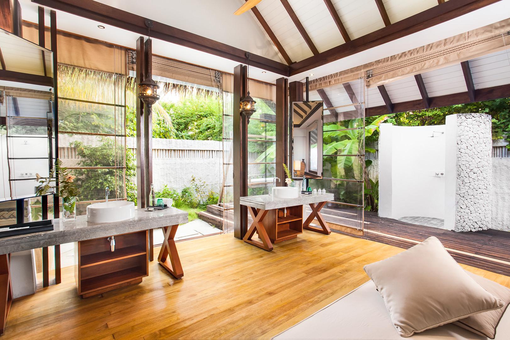 OZEN RESERVE BOLIFUSHI - Sunrise Earth Pool Pavilion -