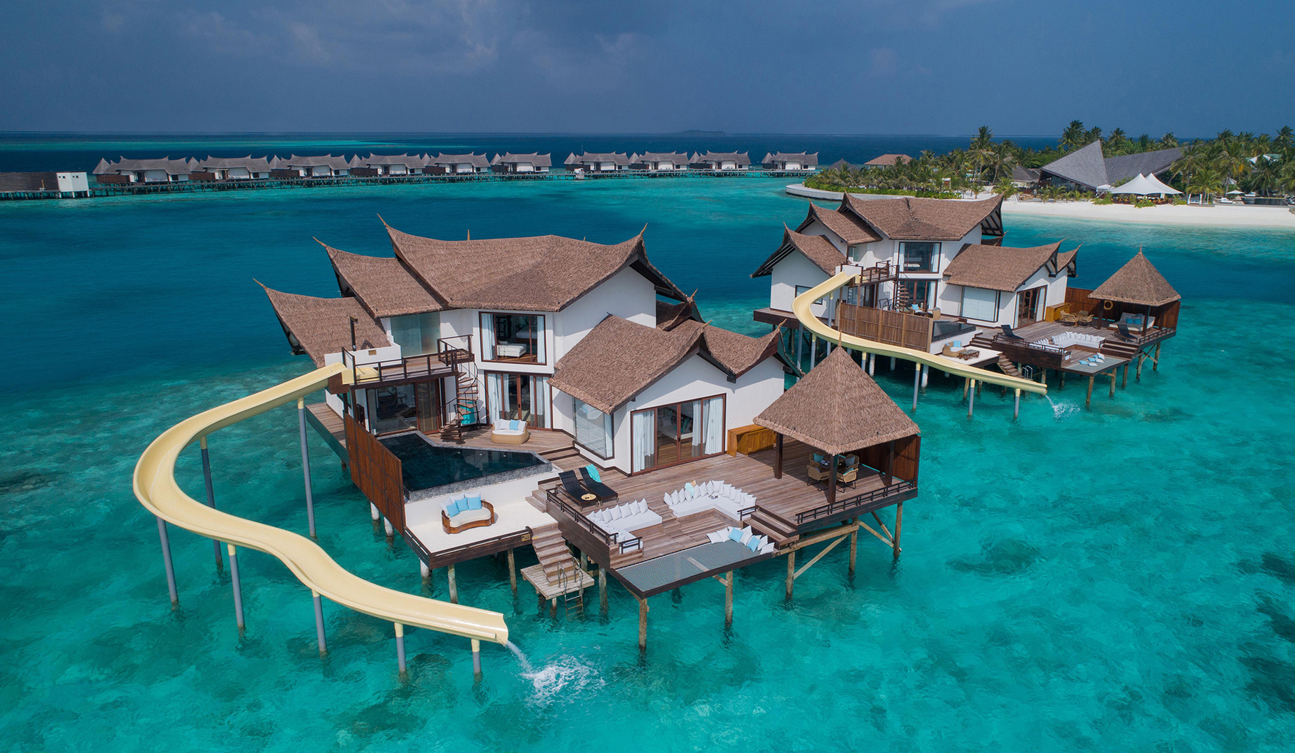 OZEN RESERVE BOLIFUSHI - Private Ocean RESERVE with Slide - Exterior View 1