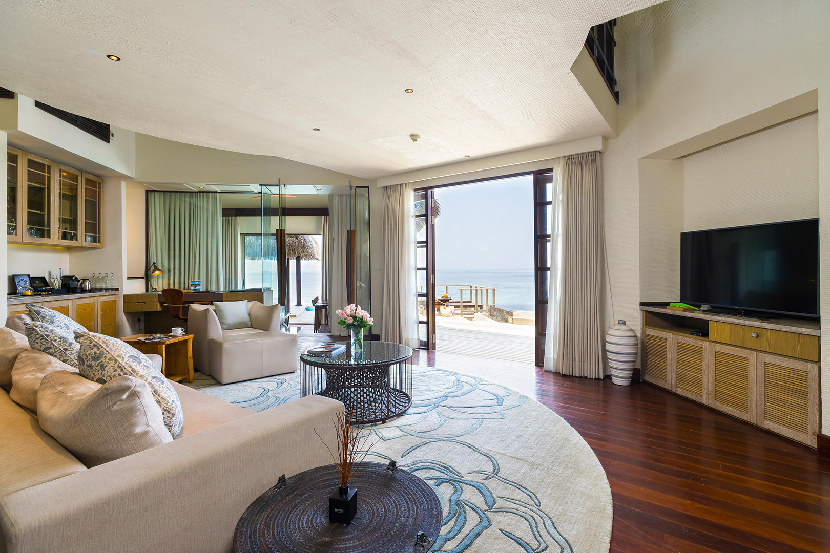 OZEN RESERVE BOLIFUSHI - Private Ocean RESERVE with Slide - Living Room