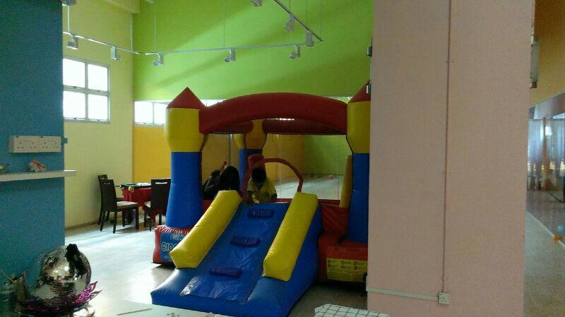 bouncy4.jpg