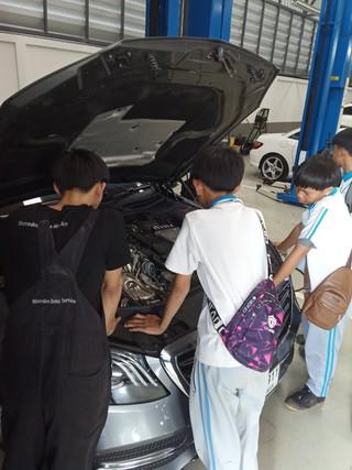 Mercedes Benz Work Experience2.JPG