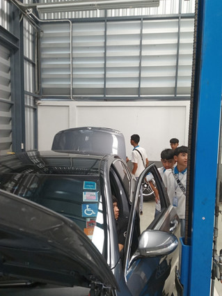 Mercedes Benz Work Experience3.JPG
