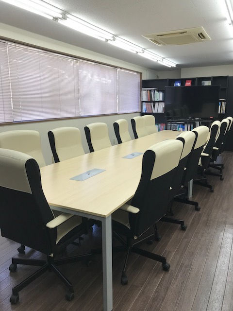 ■ Rental space conference room drop-in