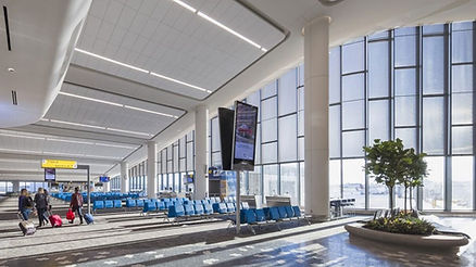 LaGuardia-concourse-e1543589022100-916x5