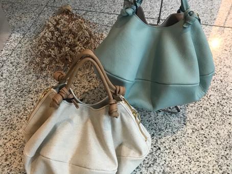 同じ形で異素材のバッグ