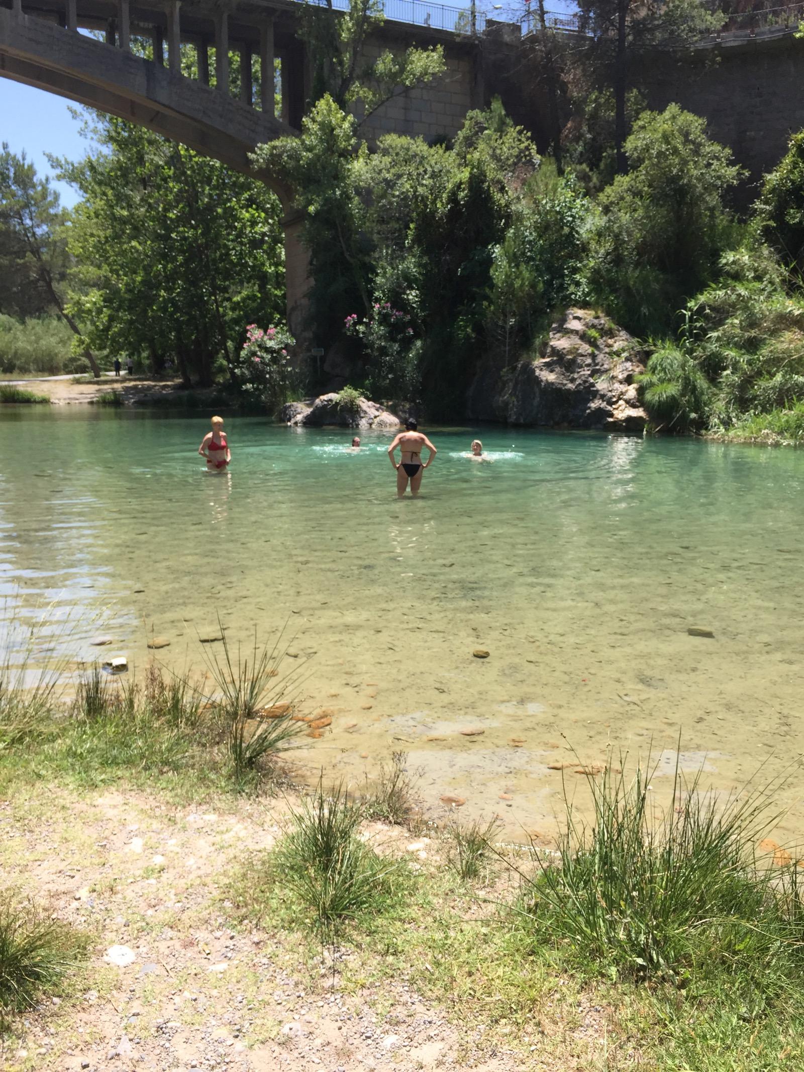 montanejos swimming