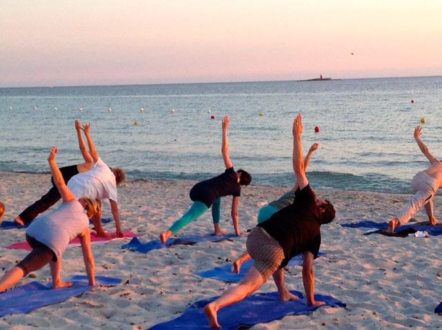 Yoga by sunset Alghero Sardina 2013