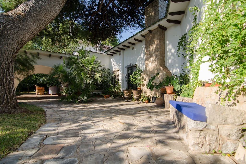 Villa Garden Patio