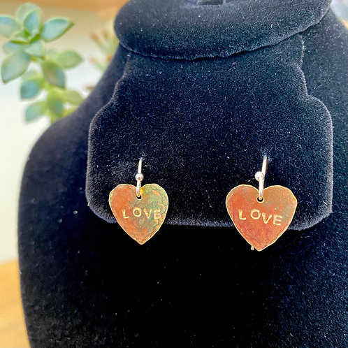 Love // heart earrings