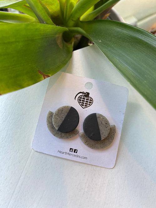 Small Black+Grey // round fan // earrings