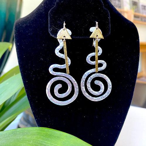 Large geometric swirls // earrings