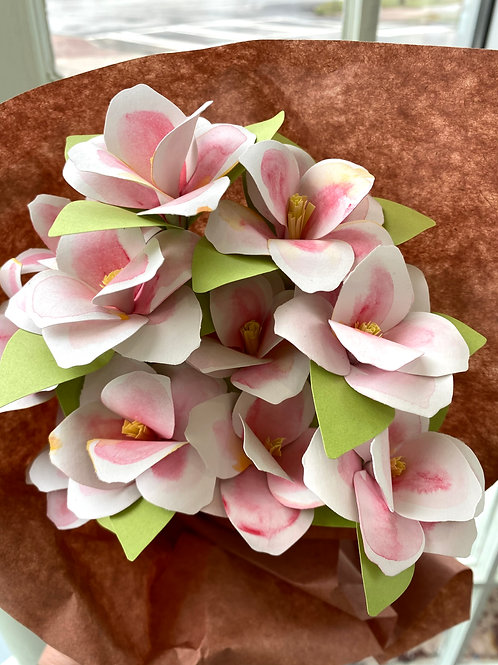 Pink lilies // paper flower bouquet