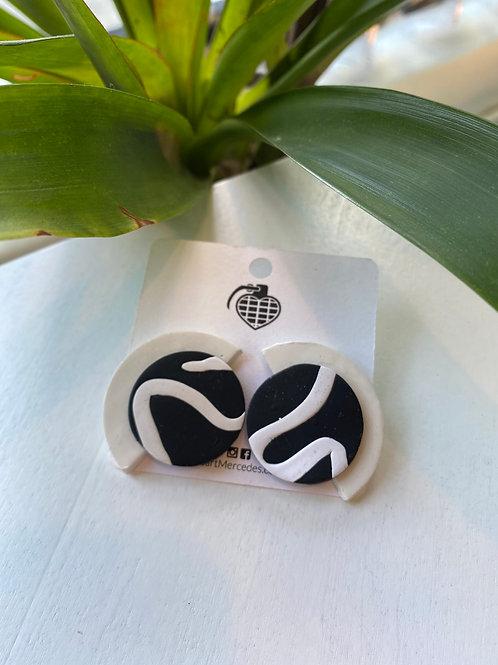 Black+White swirled fans // earrings