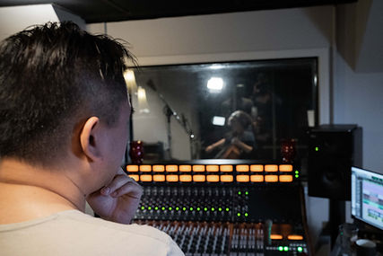 Joey Casanova at Vault Studio Marietta producing Miles Jenson Hot 16