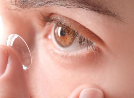 Los lentes de contacto... ¿un riesgo para contraer Covid-19?