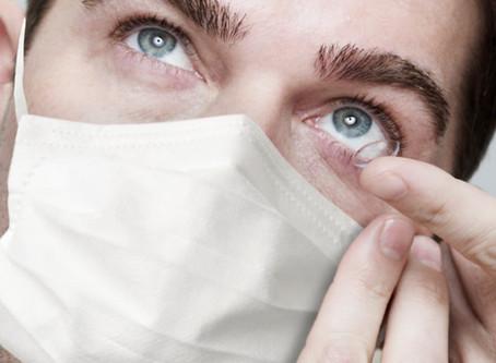 Si tengo coronavirus, ¿puedo seguir usando mis lentes de contacto?