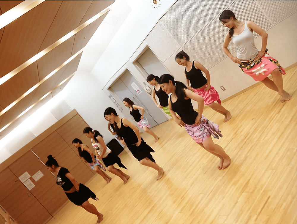 タヒチアンダンス教室 タパイルレッスン風景
