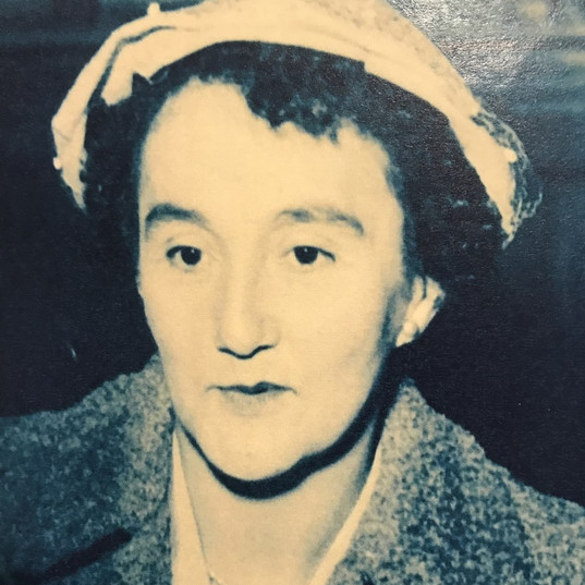 Mabel Tie, Chow Tie's youngest daughter.