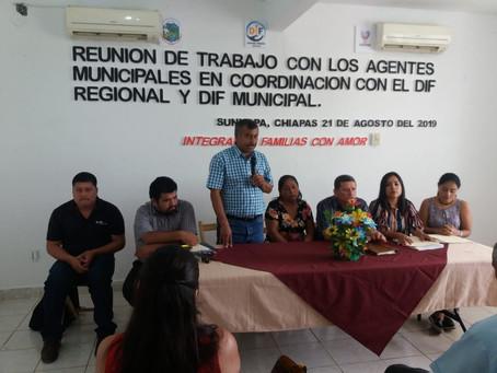 Reunión de trabajo con Agentes Municipales para exponerle los Programas Sociales