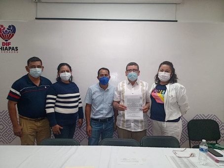Firma Ayuntamiento convenio Barriguita Llena Corazón Contento de Regreso a Casa