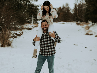 Winter Family Session in the Snow in Coeur d'Alene | CDA Idaho