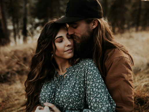 Engagement Session at Farragut State Park in Bayview Idaho | CDA Coeur d'Alene
