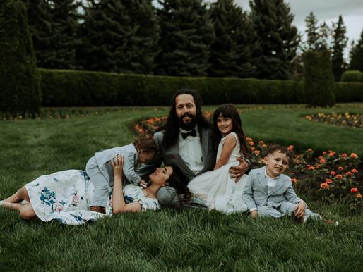 Family Session Amongst the Flowers | Manito Park in Spokane Washington