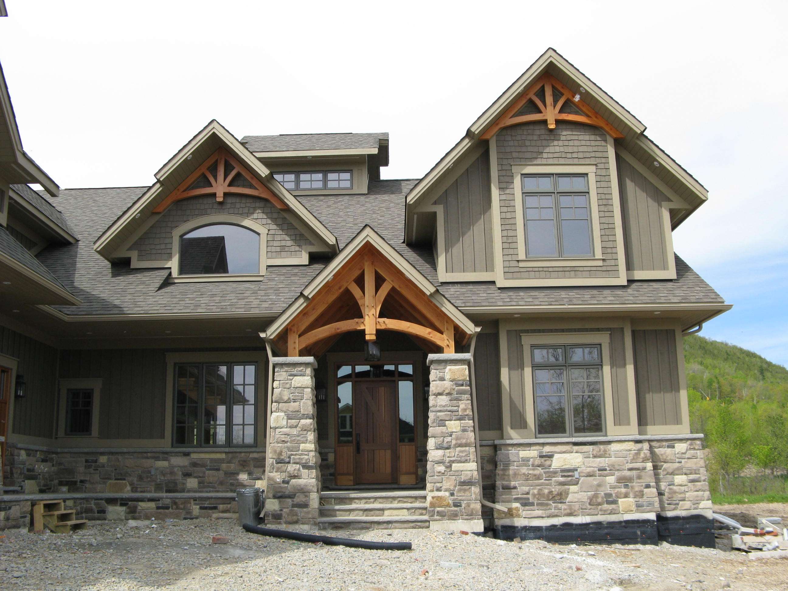 Curved Gable Details