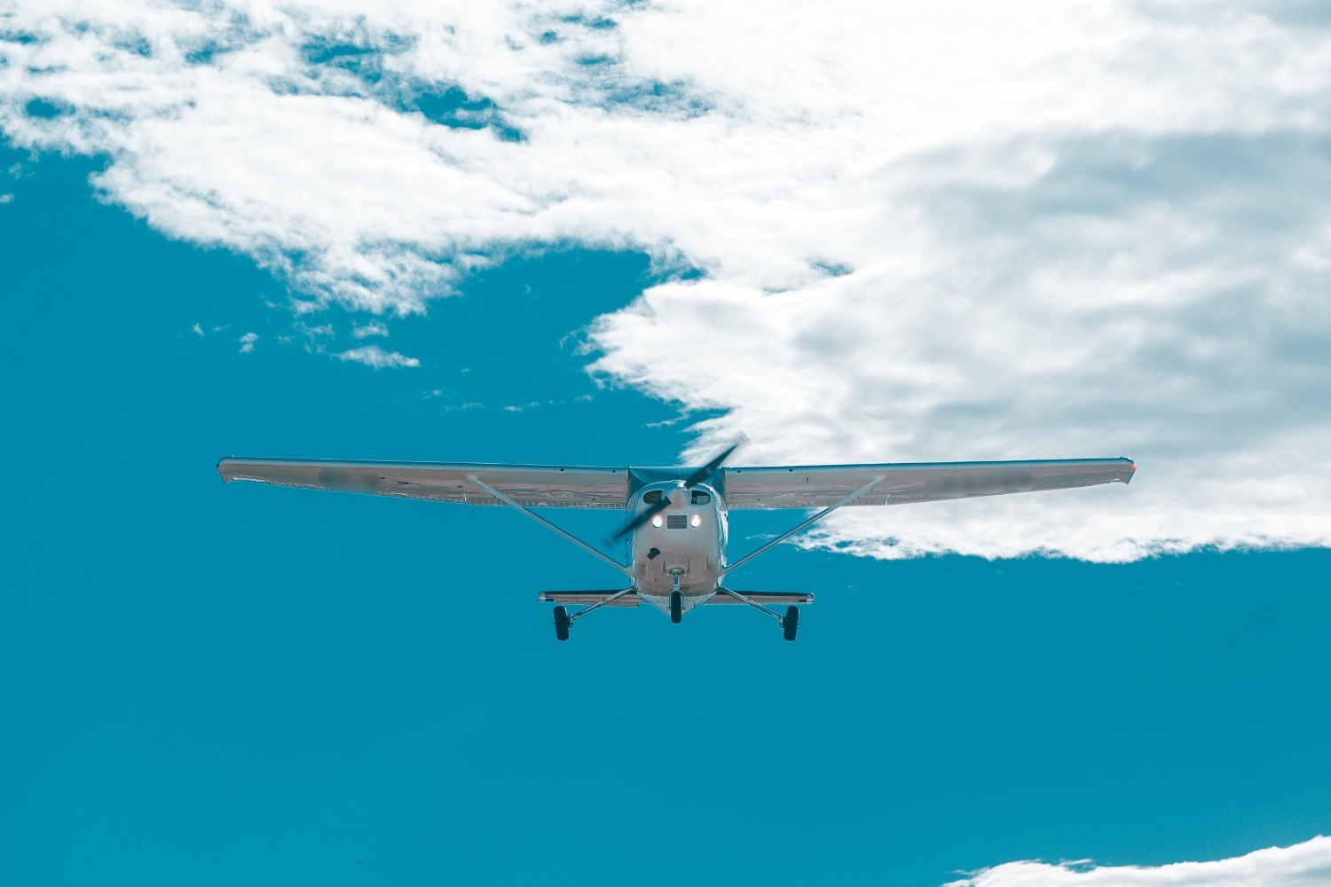Fly over Cessna