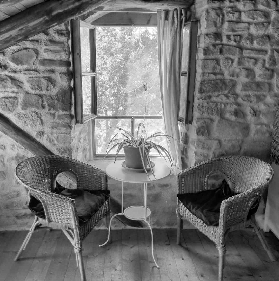 A corner of the en-suite.