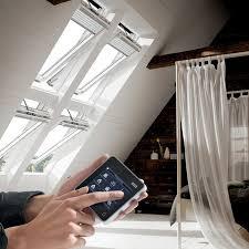 חלון גג רעפים נפתח חשמלי