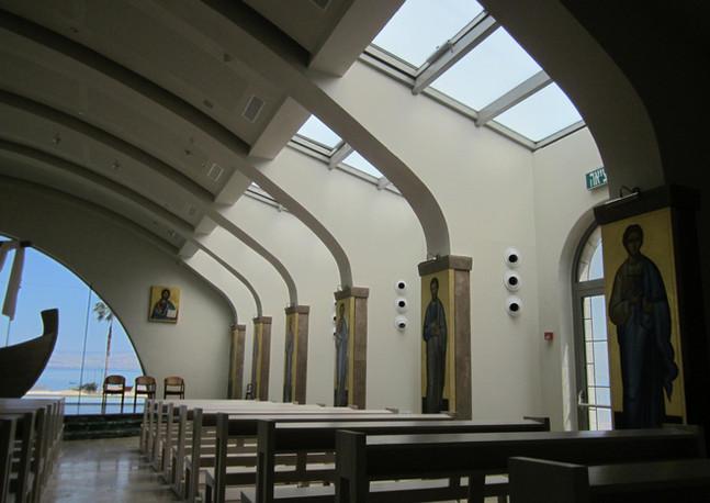 מגדלא - כנסיה