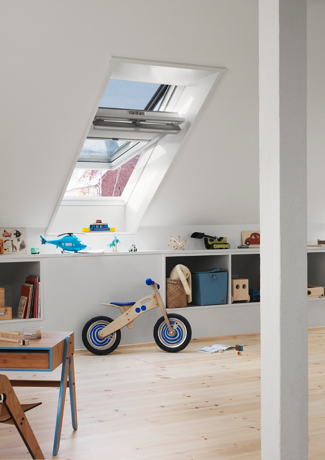 חלון לגג רעפים ציר מרכזי VELUX