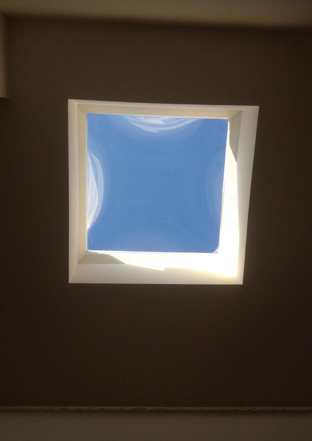 כיפת תאורה קבועה שקופה
