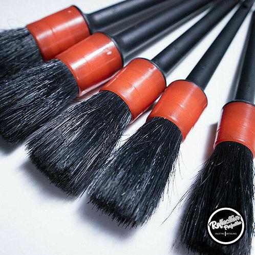 Detailing Brush Set Of No5