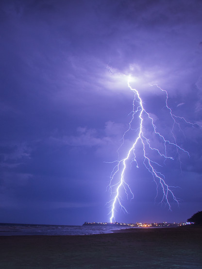 Lightning.jpg