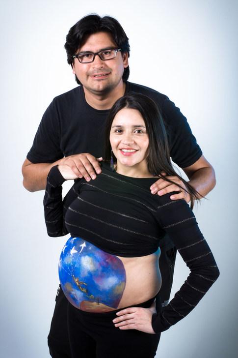 Sesión de embarazada Panza pintada en Santiago