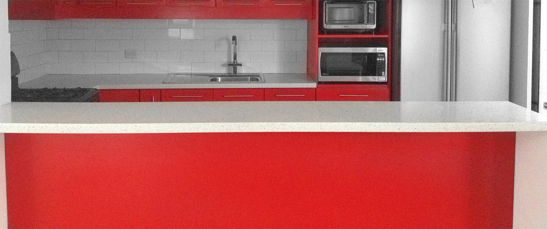 """Remodelación Cocina """"Roja"""""""