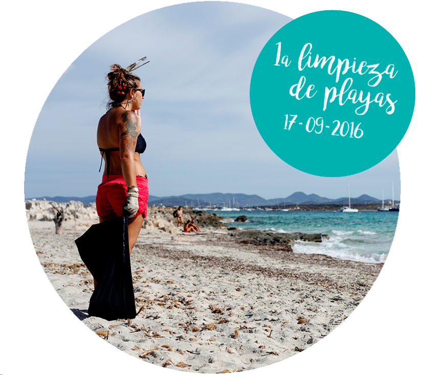 Fotógrafa limpieza playas Formentera