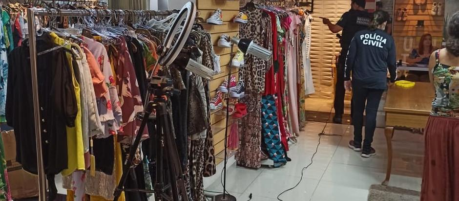 Três toneladas de roupas, bolsas e calçados falsificados são apreendidas no Recife