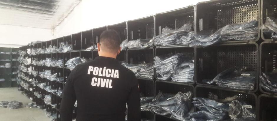 Polícia Civil apreende 30 mil peças de roupas falsificadas em Gaspar