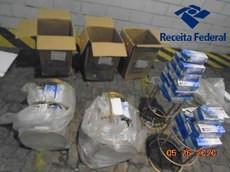 Receita Federal apreende, no Porto de Itapoá, carga de máscaras que poderão ser utilizadas