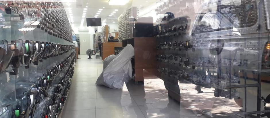 Operação contra pirataria apreende óculos e armações falsificados no Recife