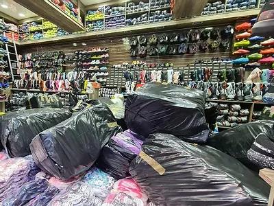 Receita Federal combate venda de calçados falsificados na região do Brás