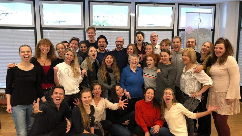Group Photo Acting Students Momentum Medina Masterclass Cologne