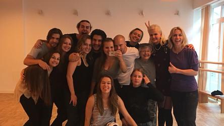 Group Photo Acting Students Momentum Medina Masterclass