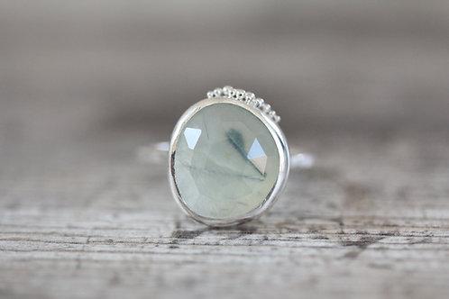Grains Prehnite Ring